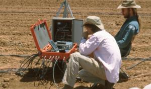 Richard Stirzaker trabaja en una zona de cultivo de África